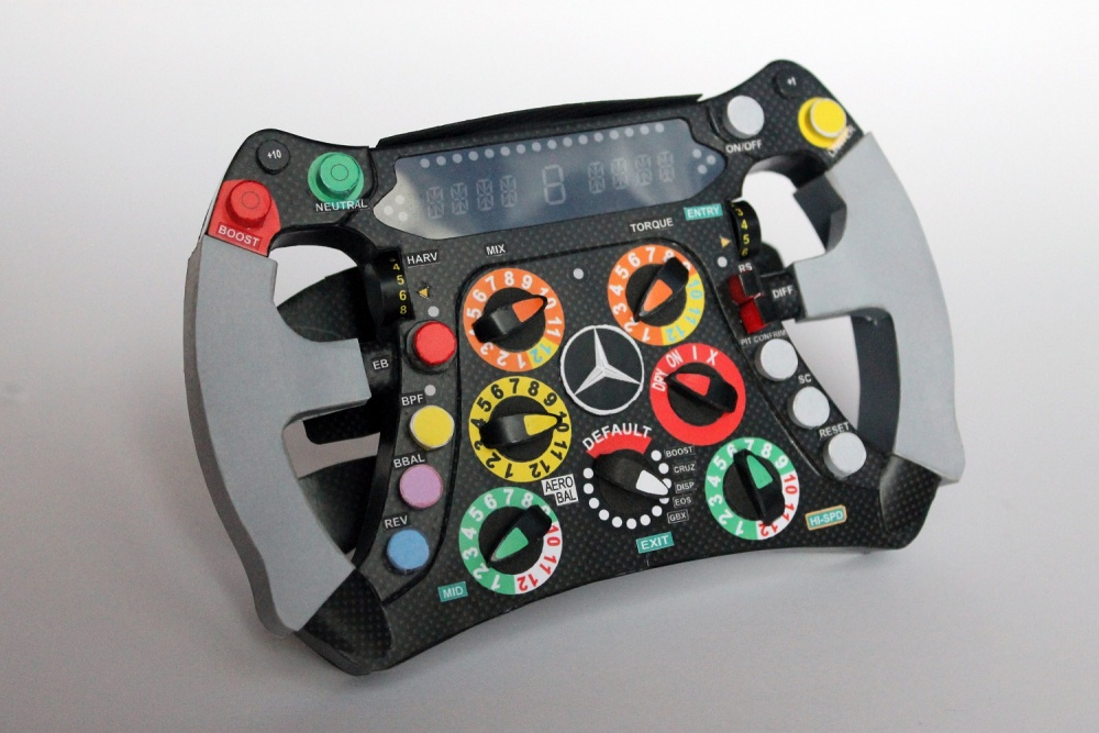 MGP W03 - volant - Michael Schumacher 2012