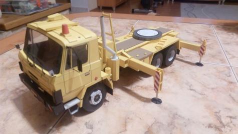 Tatra 815 AD 20T autojeřáb