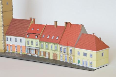 Trnavská mestská veža s meštianskymi domami