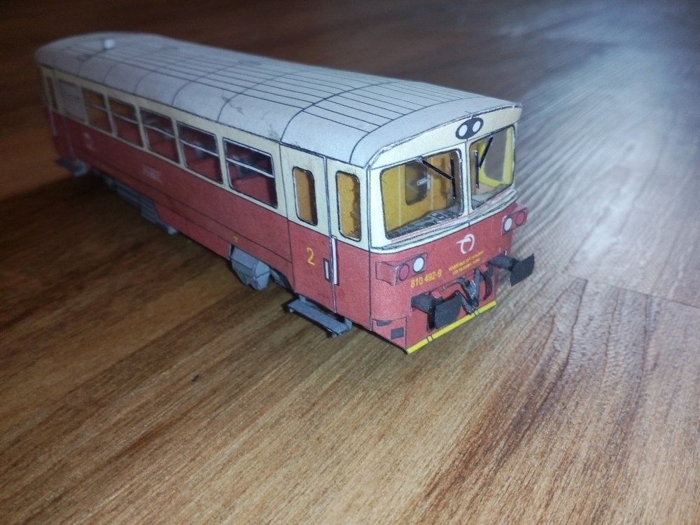 Motorový vůz 810 492-9 ŽSSK