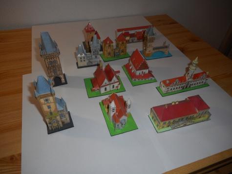 Vystřihovací pohlednice Prahy