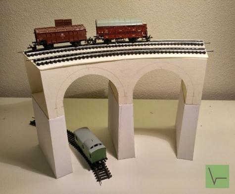 Železniční viadukt