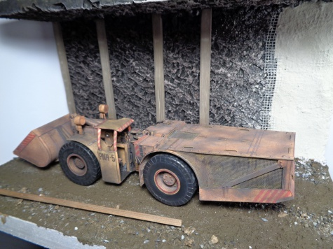 Důlní nakladač