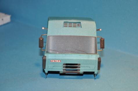 TATRA 815 200N51 + kontejnerový návěs