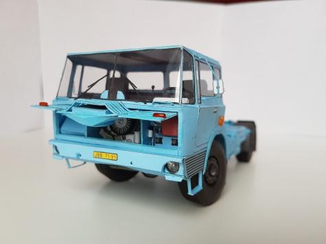 Tatra 813 NTH