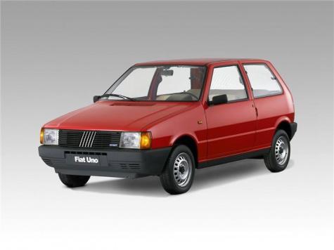 Fiat Uno s karavanem