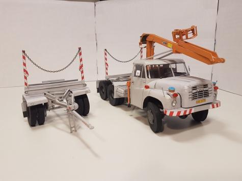 Tatra T2-148 NTP s manipulátorem HIAB 670 a stavitelným oplenovým přívěsem DAV-7