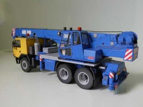 AD 30 Tatra 815-7 6x6 autojeřáb