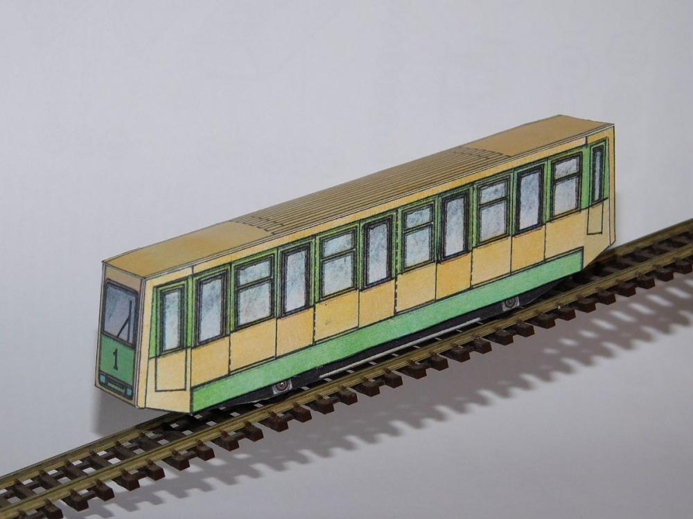 RV90 - lanovka Petrin