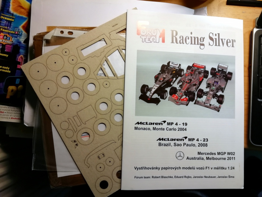 RacingSilver