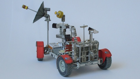Lunar Roving Vehicle + Astronauti