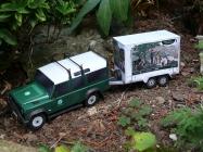 Land Rover Defender 110 s ekovýchovným pøívìsem / MalyStrazce.cz / 1:32
