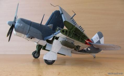 Curtis SB2C-4 Helldiver