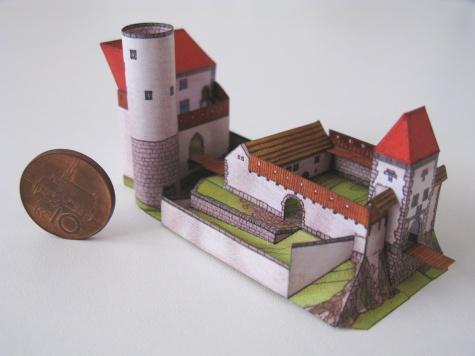 hrad Skuhrov nad Bělou
