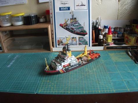 víceúčelová loď Mellum