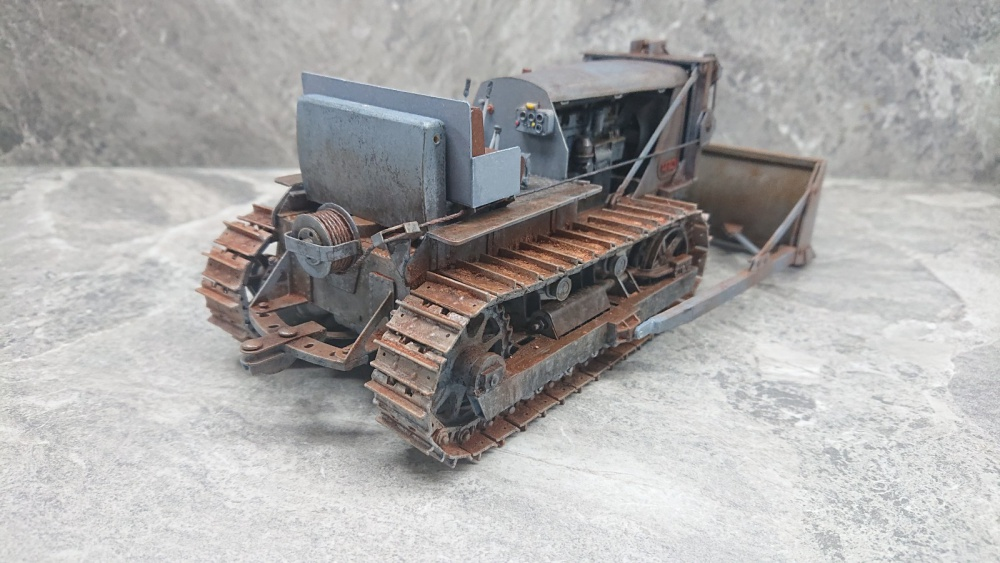 Staliniec T-100 / GPM / 1:25