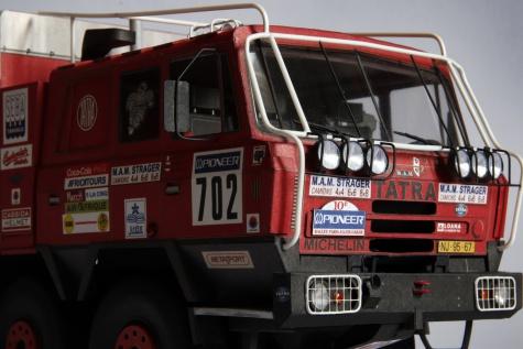 Tatra 815 VT 26 265 8x8.1 - Dakar 1988 / RipperWorks / 1:32
