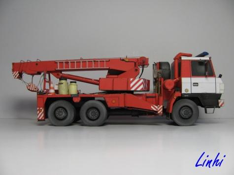 AV 14 Tatra 815 6x6