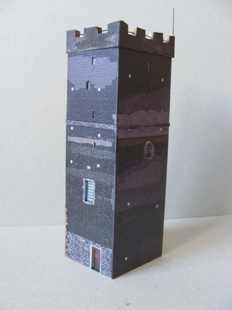 Bílá věž Házmburk