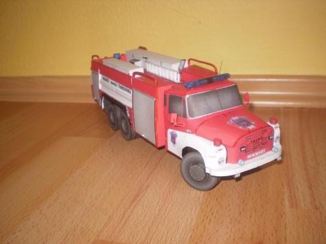 CAS 32 Tatra 148