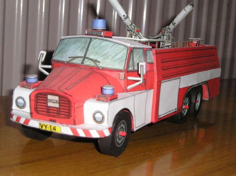 CAS 32-Tatra 148
