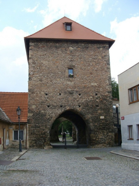 Česká brána Bělá pod Bezdězem