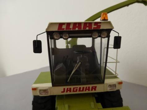 claas-jaguar mega 695