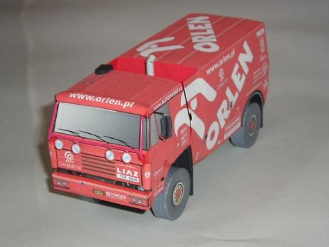 CZ kamiony z DAKARU