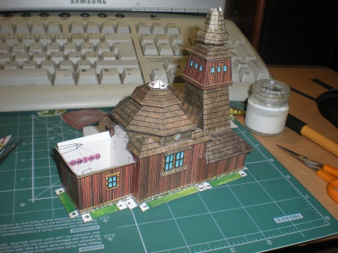 Dřevěný kostelík z Ladomirové
