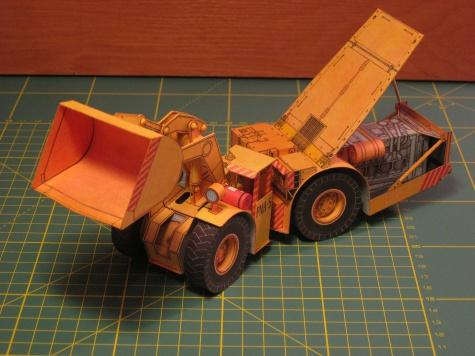 Důlní přepravníkový nakladač PNH-5