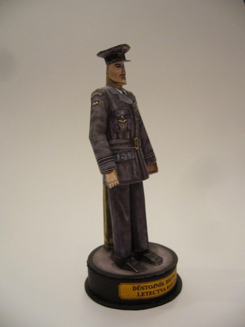 Důstojník britského letectva RAF-1942
