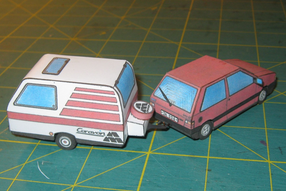 Fiat Uno 45 Fire + Caravan am