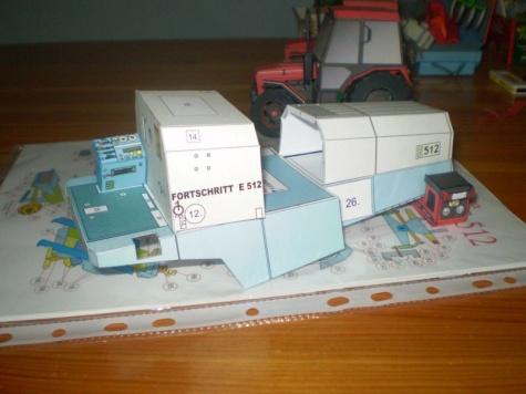 Fortschritt E-512