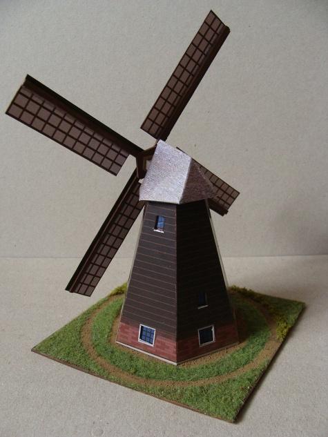 Holandský větrný mlýn