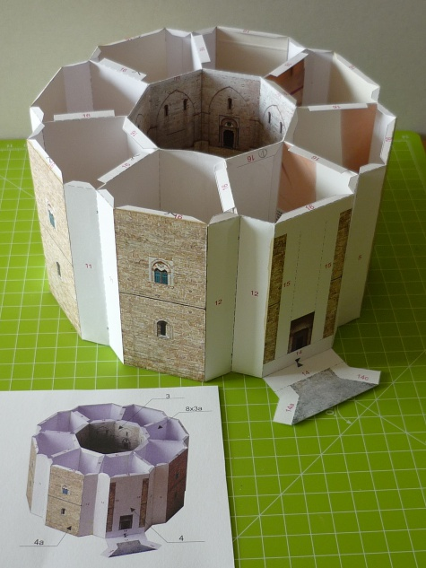 hrad Castel del Monte