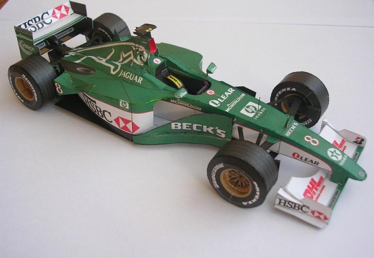 Jaguar R1, 2000 Johnny Herbert