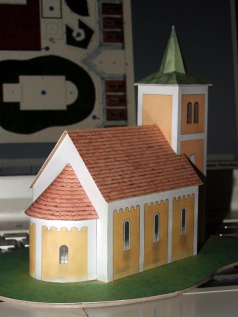 Jihocesky vesnicky kostelik