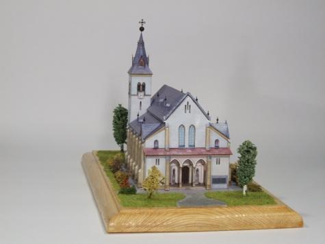 Kostel nanebevzetí Panny Marie v Rapotíně