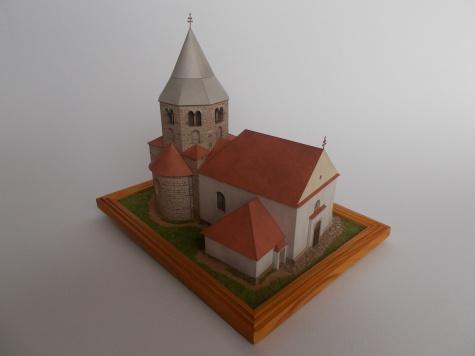 Kostel sv. Petra a Pavla Řeznovice