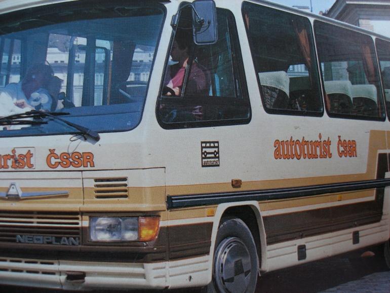 Logo autoturist