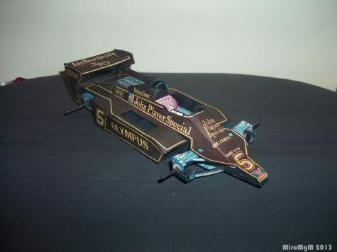 Lotus 79 JPS / Černá rakev