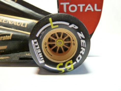 Renault R31 VC Brazílie 2011 B.Senna