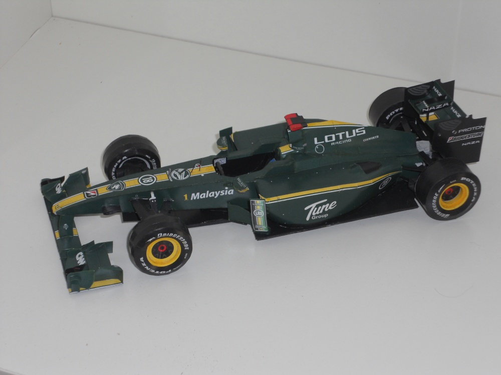 Lotus T127 - GP Bahrain 2010