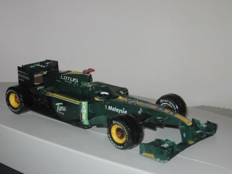 Lotus T127 GP Bahrain 2010