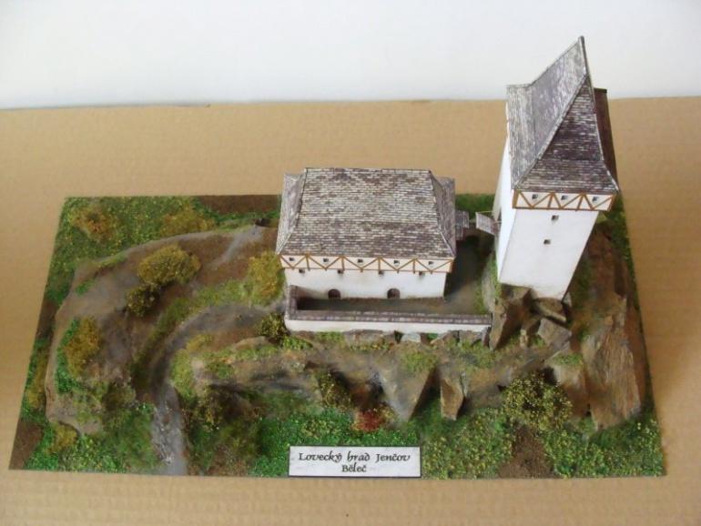 Lovecký hrad Jenčov