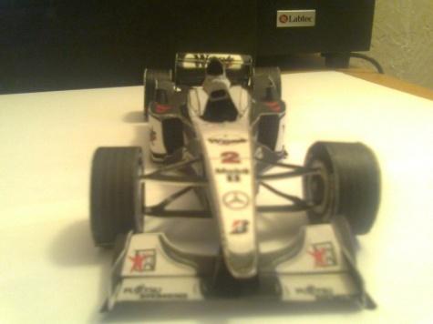 McLaren-Mercedes MP4-15   r.2000