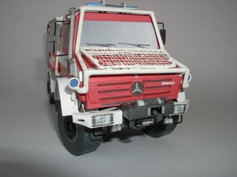 Mercedes-Benz Unimog U5000 CAS 24