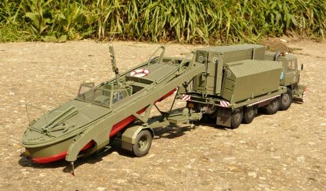 motorový člun MO-634 a podvozek SP-5