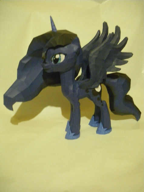 My Little Pony -  Luna, Princess of the Night !