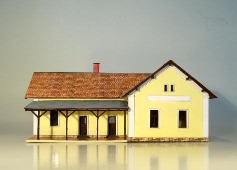 Nádražní budova